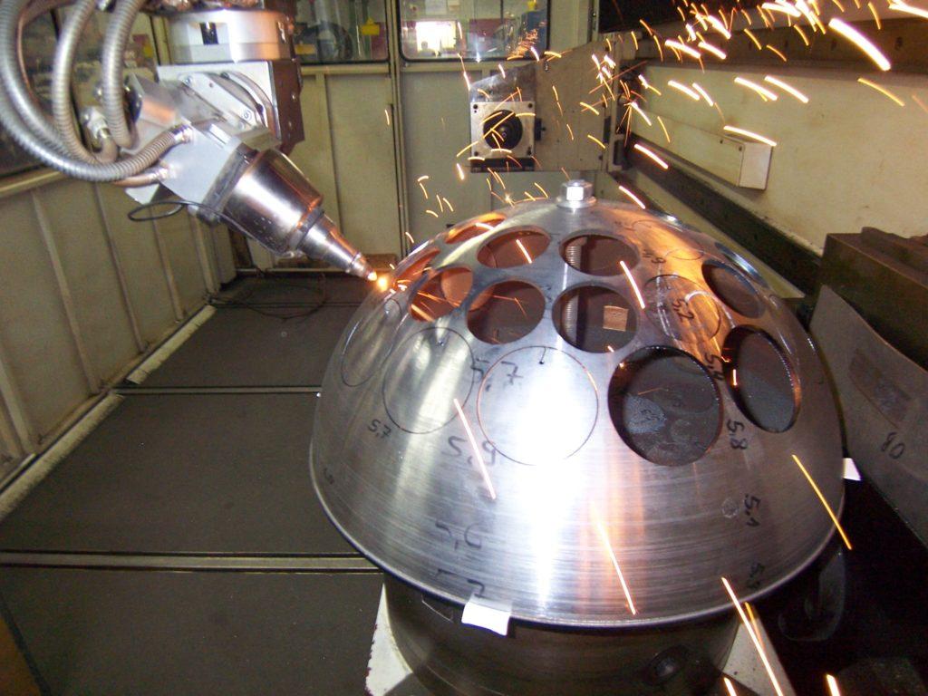 Laserstrahlschneiden von Metall